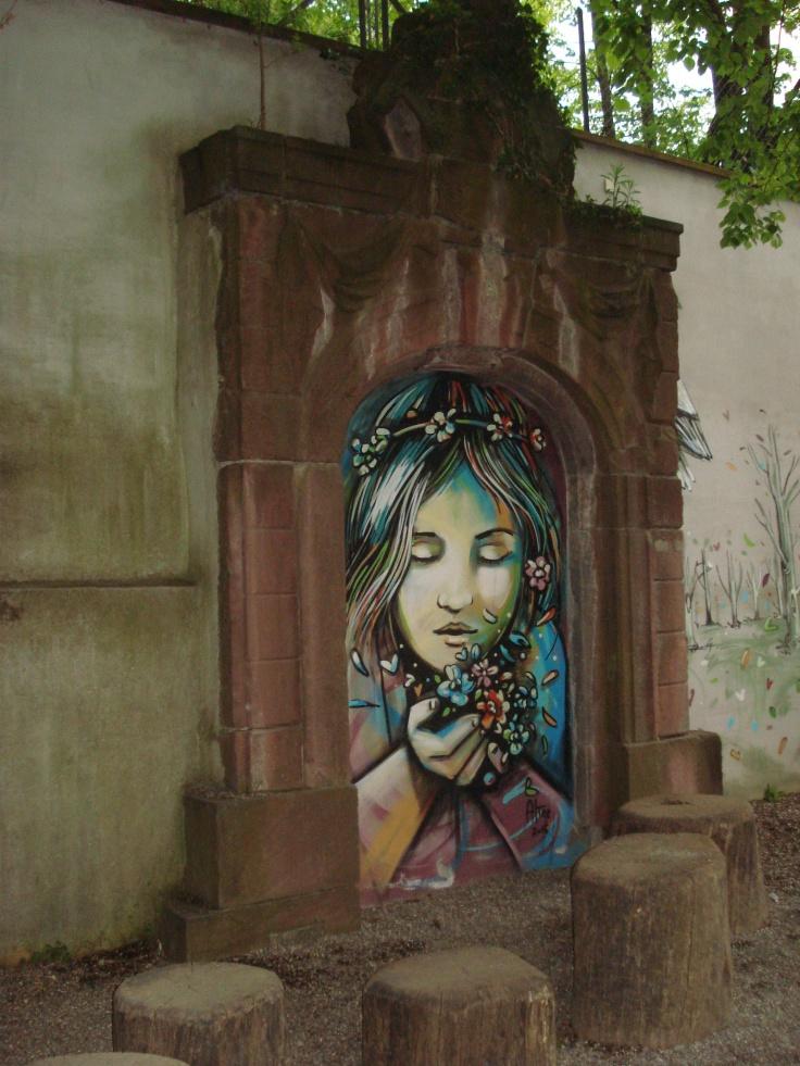 Graffiti auf einem Spielplatz, Freiburg