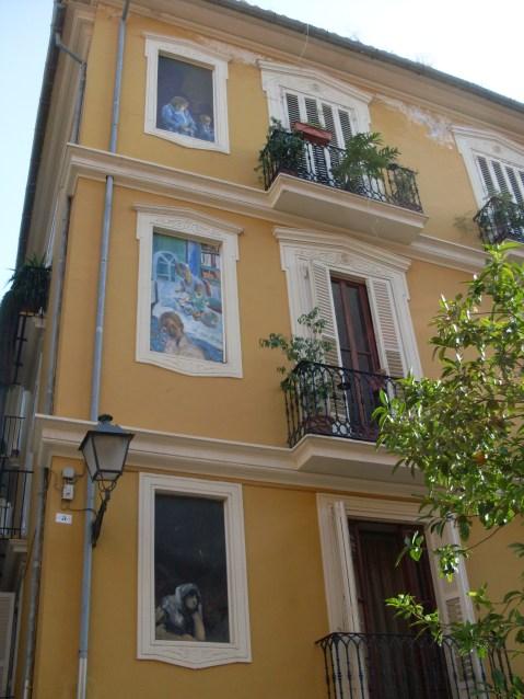 Street Art an einem Wohnhaus in Valencia (Fotorechte: schrittWeise)