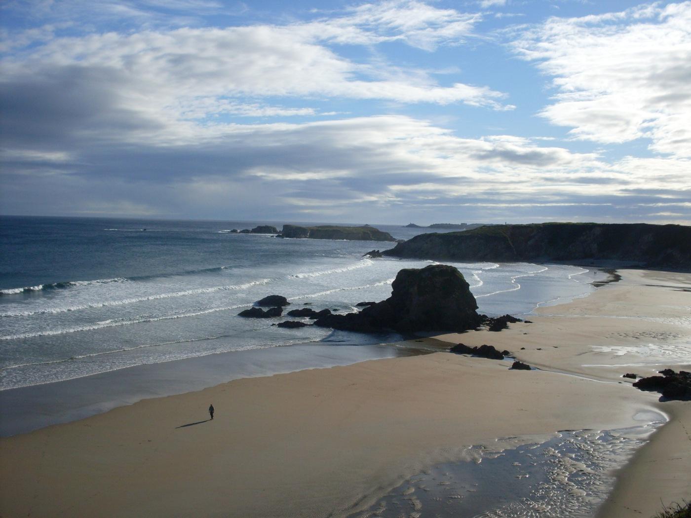 Strand kurz nach Tapia (Foto: SchrittWeise)