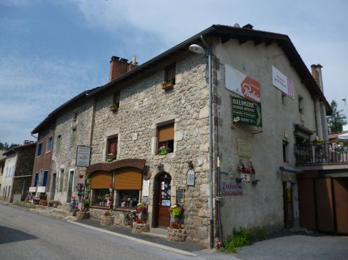 Boulangerie in Pontempeyrat (Fotorechte: schrittWeise)