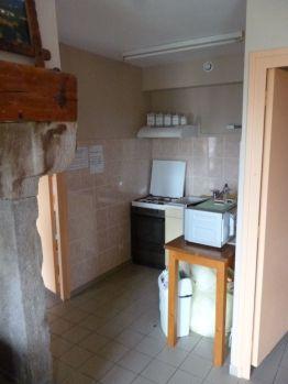 Kleine, zweckdienliche Küche (Fotorechte: schrittWeise)