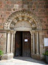 Eingangsportal der Kirche St. Georges (Fotorechte: schrittWeise)