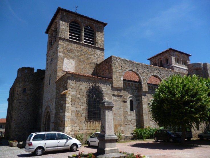 Kirche von Champdieu (Fotorechte: schrittWeise)