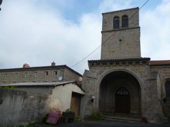 Die Unterkunft befand sich neben einer Kirche (Fotorechte: schrittWeise)