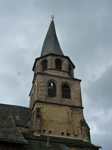 Die verdrehte Spitze des Glockenturms (Fotorechte: schrittWeise)
