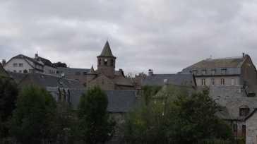 Stadtbild von Nasbinals (Fotorechte: schrittWeise)