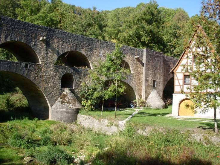 Steinerne Tauberbrücke (Fotorechte: Dario schrittWeise)