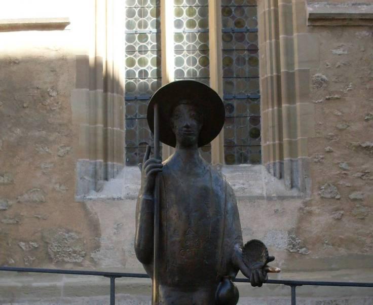 Skulptur eines Pilgers in Rothenburg (Fotorechte: Dario schrittWeise)